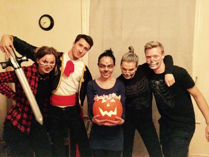 Halloween-se-spolubydlícími