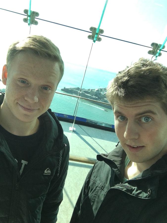 S-spolužákem-Alexem-na-Emirates-Spinnaker-Tower