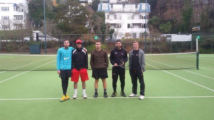 S-tenisovým-týmem-v-bournemouthu